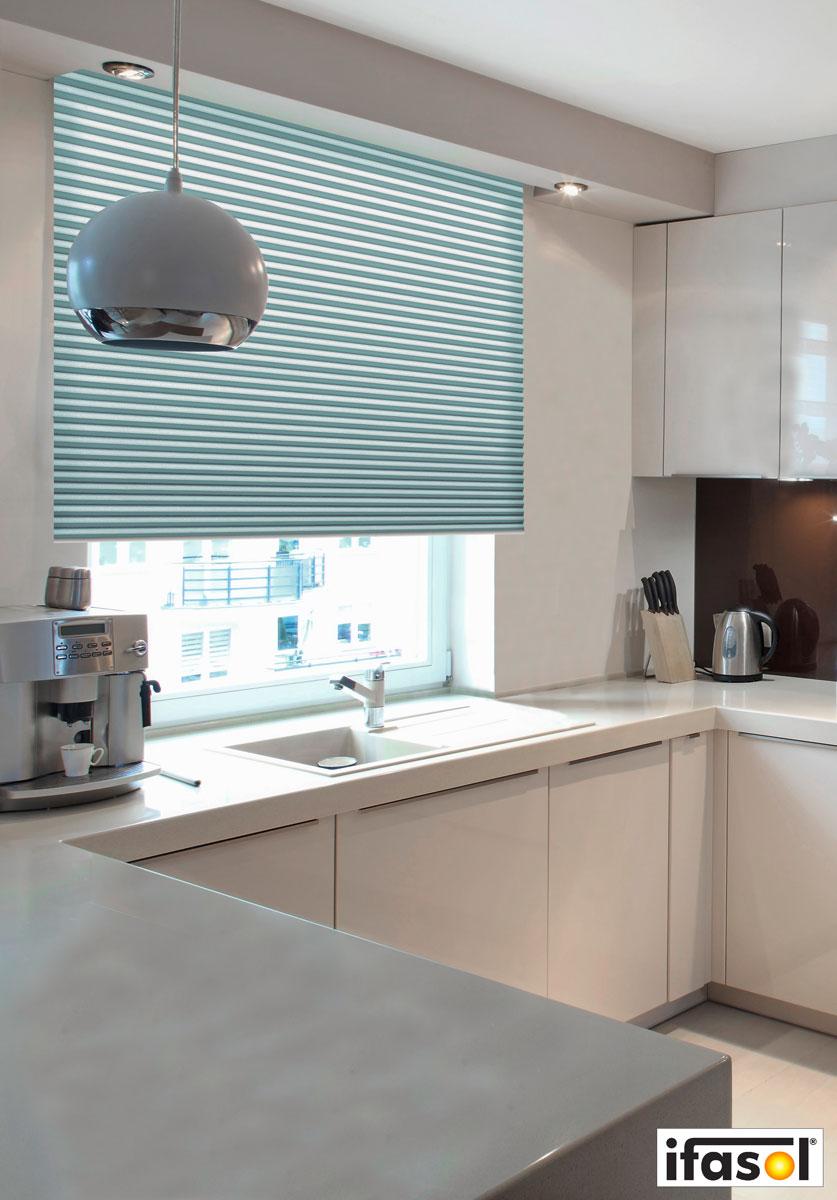 ifasol top ans uebuffetuc rtexpo stuttgart glaswelt warema somfy corradi ifasol mhz markisen. Black Bedroom Furniture Sets. Home Design Ideas